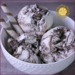 Chocolate Biscuit Ice Cream-Kg